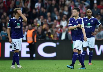 Anderlecht prend l'eau à Courtrai et semble loin de trouver la solution miracle