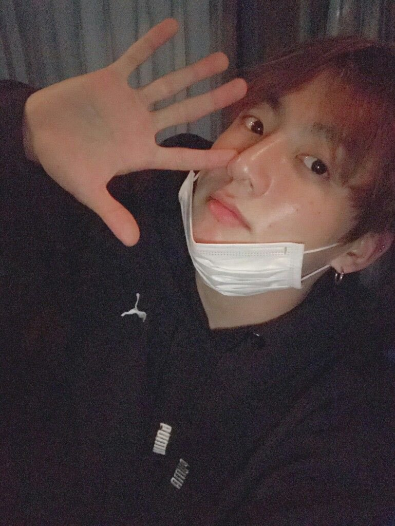 jungkookcarselfies_10