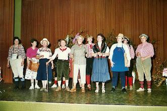 Photo: Wandern 1994 (Edith Dutt)