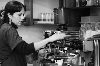 Photo: Usielita (the best barista of all) [@Ronai Rocha, http://www.flickr.com/photos/ronai/sets/72157630161219780/]
