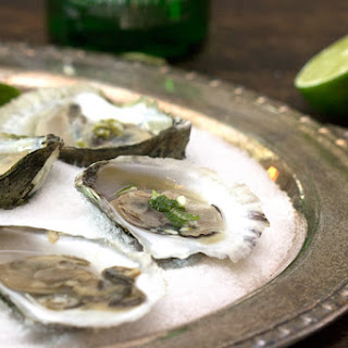 Oysters with Gin and Lime Mignonette