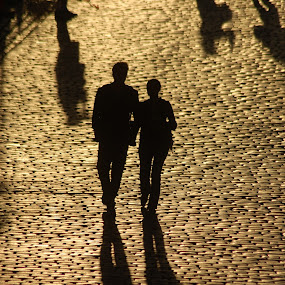 by David Degruchy-Jones - People Couples