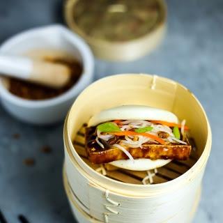 Vegan Steamed Bun (Gwa Bao)
