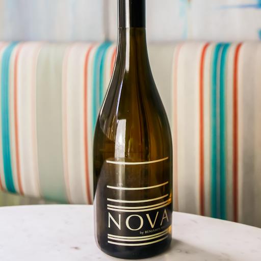 Nova 7, Sparkling Vidal Blend Wine