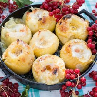 Sizzlin' Honey Baked Apples.