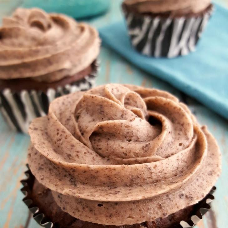 Cookies & Cream Cupcakes {Gluten Free} Recipe