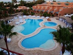 Photo: #016-La piscine zen pour la soirée blanche