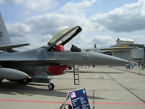 Photo: Samolot myśliwski F-16 C/D (USA)