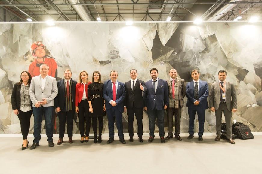 Representantes de la Diputación Provincial y del Ayuntamiento de Pulpí.
