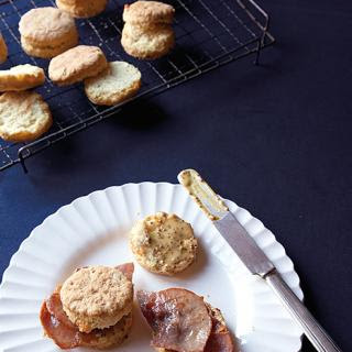 Chive and Cheddar Ham Biscuits with Honey Mustard