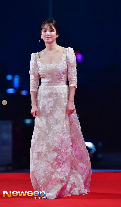 hyekyo gown 17