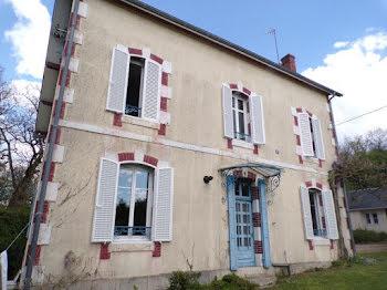 maison à Lunery (18)