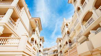 Imagen de una de las viviendas que vende el banco malo en la provincia de Almería.