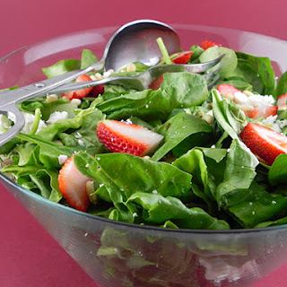 Spinach Spring Salad with Balsamic Vinaigrette