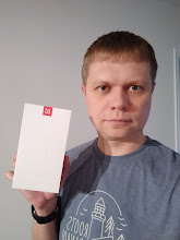 Photo: Sunday giveaway winner Vlad I. showing off his new OnePlus 5T.