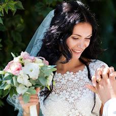 Wedding photographer Oksana Ryabovol (oksss12333). Photo of 20.01.2017
