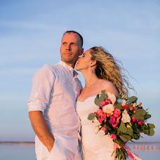 Wedding photographer Elizaveta Artemeva (liza1208). Photo of 07.10.2017
