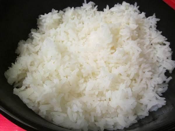 Easy Steamed Rice (sallye)