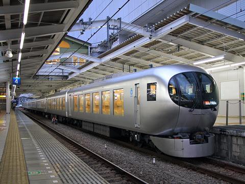 西武鉄道 001系「Laview」_01 飯能にて