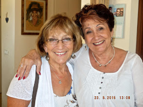 Photo: Roz & Frida