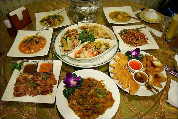 台中平價泰式料理。曼谷皇朝。高人氣尾牙聚餐地點,年菜預訂搶手想吃動作快