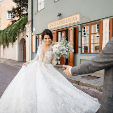 Wedding photographer Pavel Nenartovich (nenik83). Photo of 02.11.2017