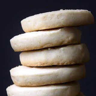 Shortbread Cookies {Gluten and Refined Sugar Free}.