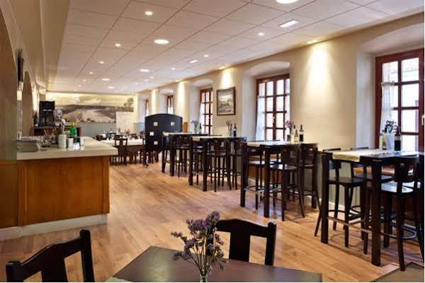 Hotel Restaurante El Manquin