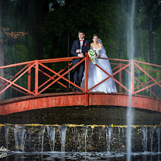 Wedding photographer Vladimir Lapshin (lavlager). Photo of 27.09.2013