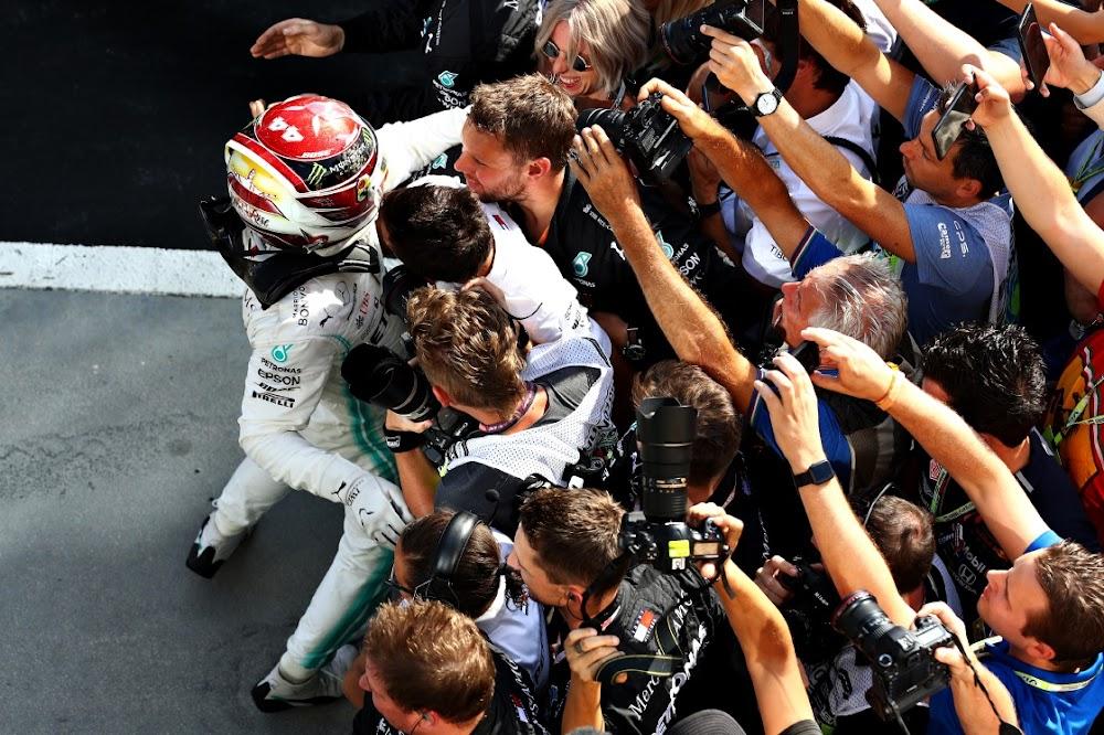 Hamilton ontken Verstappen in die opwindende Hongaarse Grand Prix