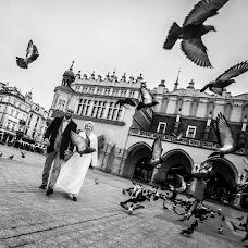 Wedding photographer Tomasz Cygnarowicz (TomaszCygnarowi). Photo of 17.12.2017