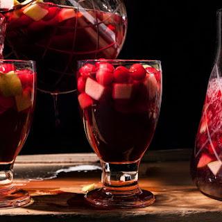 Spiced Cranberry Sangría