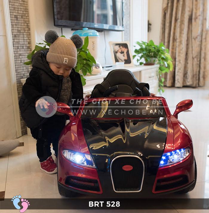 Xe hơi điện cho bé RBT-528 2