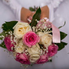 Wedding photographer Maksim Popuriy (pmv1975). Photo of 25.03.2014