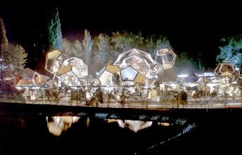 Photo: 019 - Gulivers Welt bei Nacht
