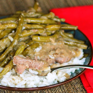 Fork Tender Steaks with Green Beans and Gravy.
