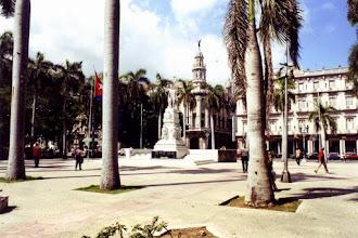 Photo: #020-La Havane-La statue de José Marti (1905) dans le parque central