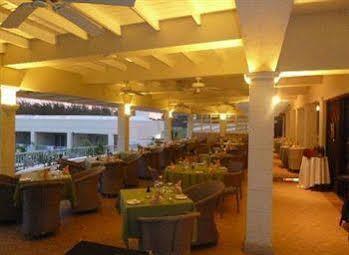 Savannah Beach Hotel