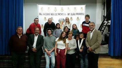 Luis Enguidanos artista fallero 2019 de Camino Nuevo de Picaña
