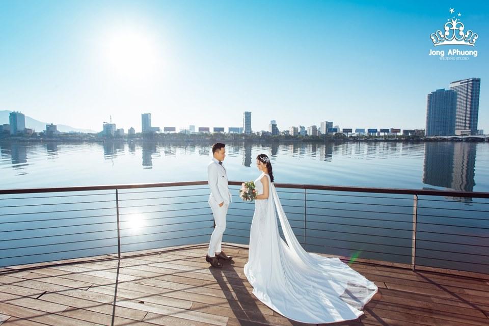 Chụp ảnh cưới rẻ ở đà nẵng