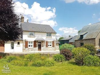 maison à Saint-Mars-sur-la-Futaie (53)