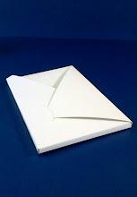 Photo: Neste envelope cabe até mesmo um tablete de chocolate.