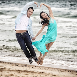 Let's jump for love by Leong Ong - Wedding Other ( pre wedding, casual wear, fun, romance,  )