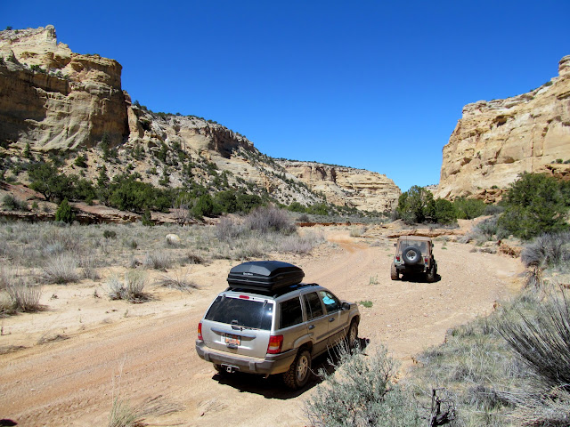 WJ and CJ in Eagle Canyon