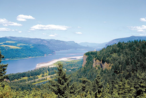 Columbia-River-Gorge.jpg - See the scenic landscapes along the Columbia River Gorge on an American Cruise Lines voyage.
