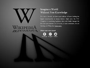 Photo: Wie schreiben US-amerikanische Schüler heute ihre Aufsätze? Das Online-Lexikon wikipedia.com ist heute offline (Quelle: wikipedia.com)
