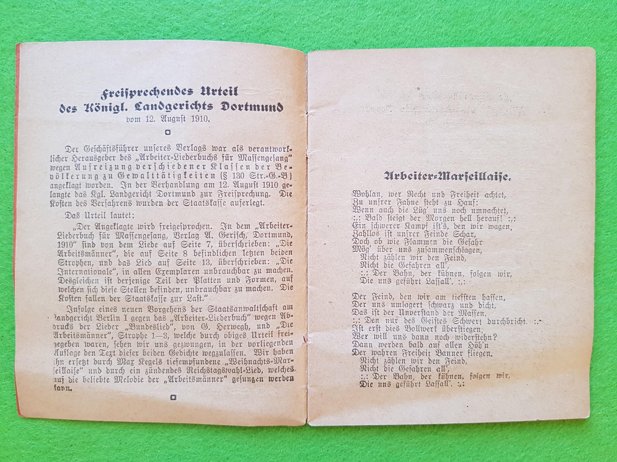 Arbeiter-Liederbuch - Vorwort mit dem Urteil zum Verbot einiger Liedtexte.