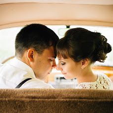 Wedding photographer Valeriya Mironova (LoreleiVeine). Photo of 11.09.2015