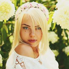 Wedding photographer Anastasiya Vakhterova (miracle050). Photo of 14.08.2014
