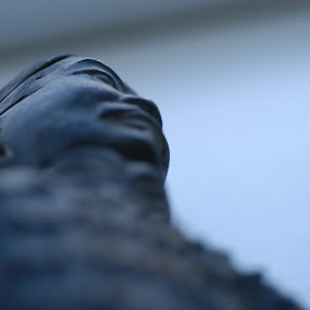 Chinese Statue by John P - Artistic Objects Other Objects ( oriental, art, close-up )